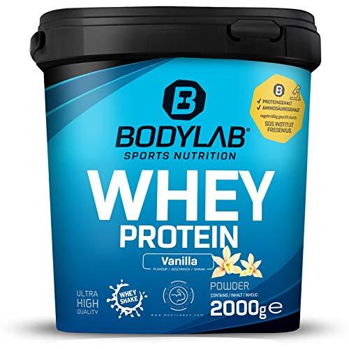 Protein-Pulver Bodylab24 Whey Protein Vanille 2kg / Protein-Shake für Kraftsport & Fitness / Whey-Pulver kann den Muskelaufbau unterstützen / Hochwertiges Eiweiss-Pulver mit 80% Eiweiß / Aspartamfrei